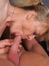 Wild grandma Maria got her pussy fingerfucked and pounded a hard shaft in this granny porn live